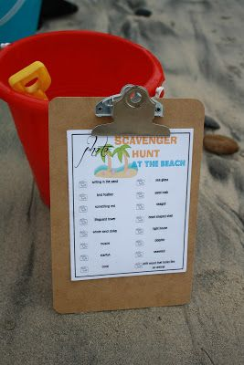 Scavenger Hunt at the Beach Printable!