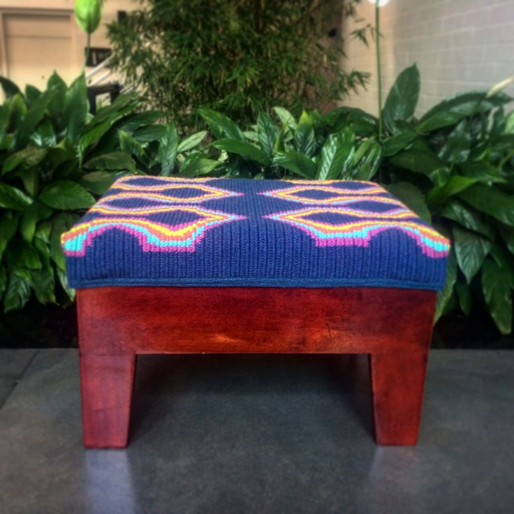 Beautiful handmade ottoman or footrest designed by WAYa. The fabric is handwoven by Wayúu artisans in Colombia! Please visit our webpage for more designs www.wayaarte.com :)