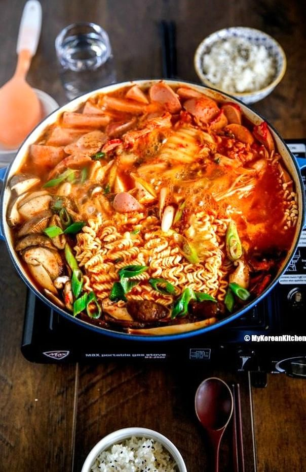 Budae Jjigae Korean Army Stew In 2020 Korean Side Dishes Winter Stew Recipe Asian Recipes