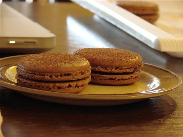 Шоколадно-кофейные макаронс. Рецепт c фото, мы подскажем, как приготовить!