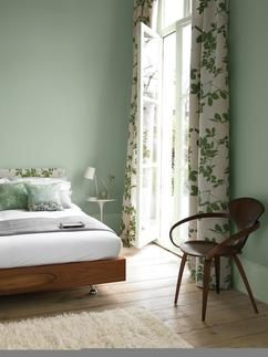 Kleurinspiratie. De kleur Sea Urchin uit de Flexa Pure collectie. Het rustgevende karakter van Groen, past perfect in de slaapkamer.