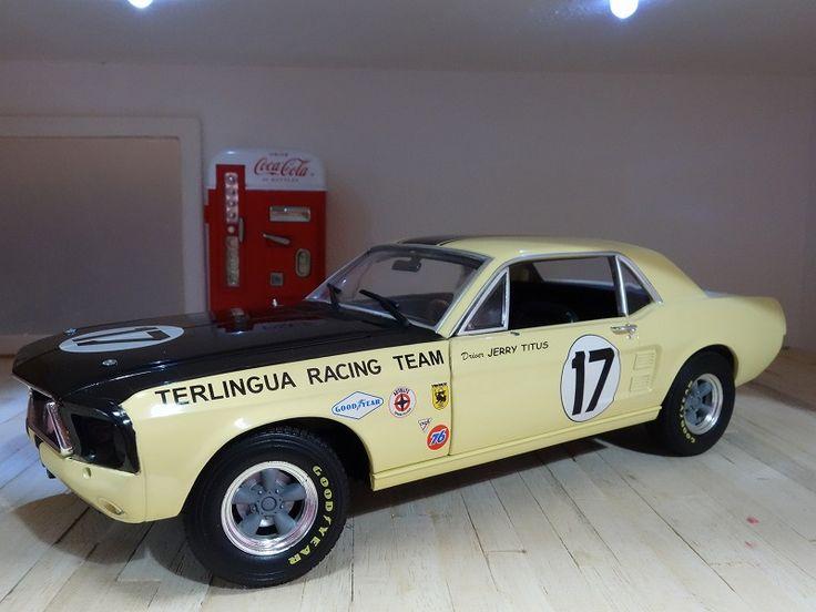 超レア★絶版 1/18 フォードマスタング 1967 アメリカンマッスル Ford Mustang レーシング仕様 #17 商品説明+++ ◎消費税は頂きません。◎複数落札で同梱発送。送料節約可。◎β版につき、取引は落札者様から始めて下さい。こちらは9年前に発売されたもので、既に絶版となっています。しかも日本では未発売のものです。1/18スケール ダイキャストメタル1967 フォード マスタング レーサー仕様テリングラ レーシングチーム #...