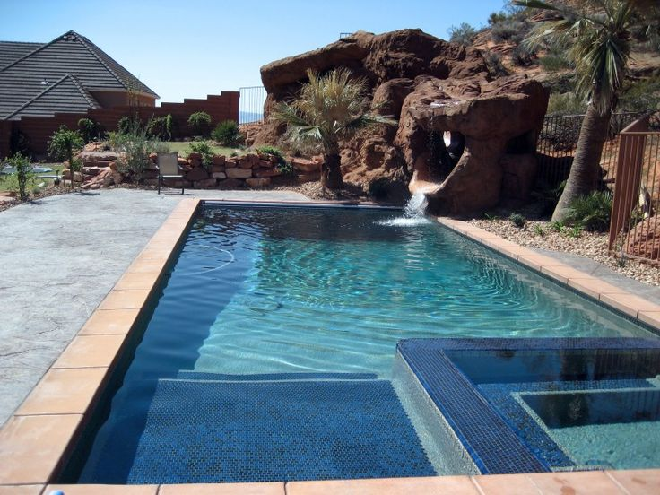 Pool With Hot Tub Splash Pad Home Is Where The Heart Is