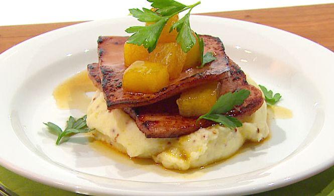 « Steak » de jambon poêlé à l'ananas, purée de pommes de terre