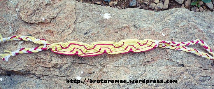 friendship bracelet waves pattern