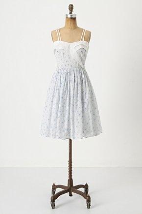 :)Beau Ideal, Wicker Baskets, Summer Dresses, Anthropology Dresses, Retro Looks, Girls Generation, Cute Dresses, Ideal Dresses, Sweetheart Neckline