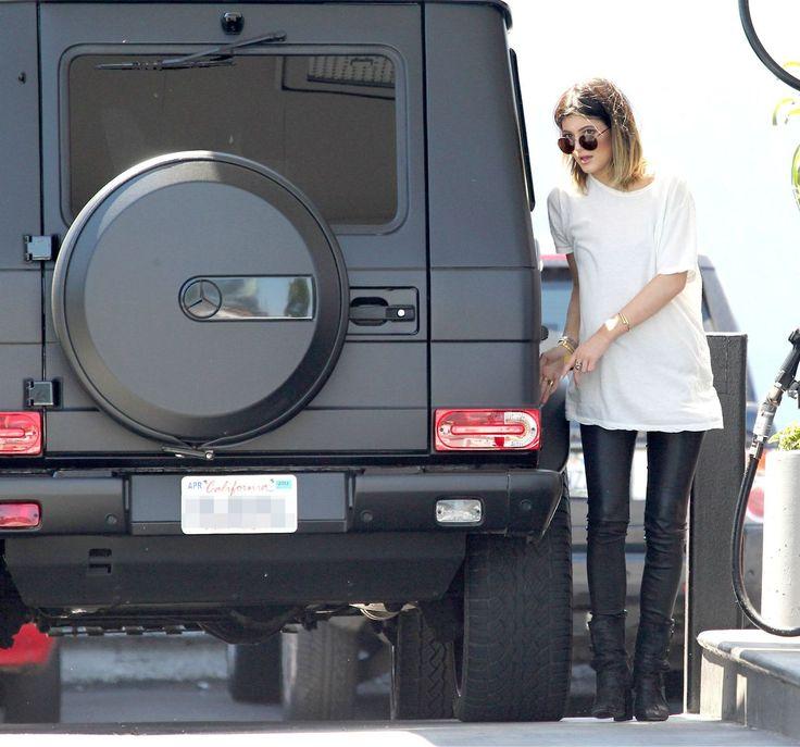 matte black G-wagon...yes please
