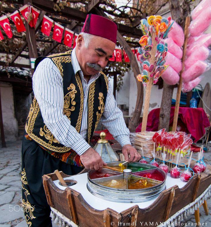 Cottoncandy Seller ~ Turkey (by hamdi yaman)