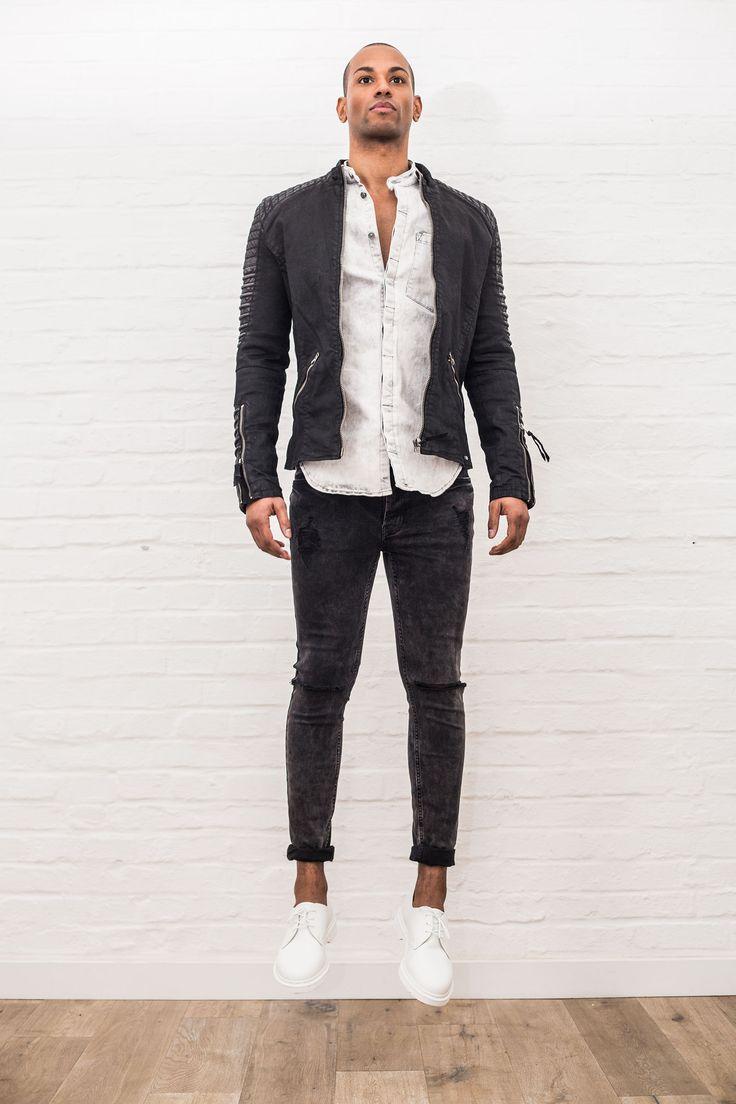 Søren Fashion Lookbook Shooting // Spring Summer 2016  #soerenfashion #tigha #drmartens #black #white #vintage #bikerstyle #denim #streetwear #jump #pokerface