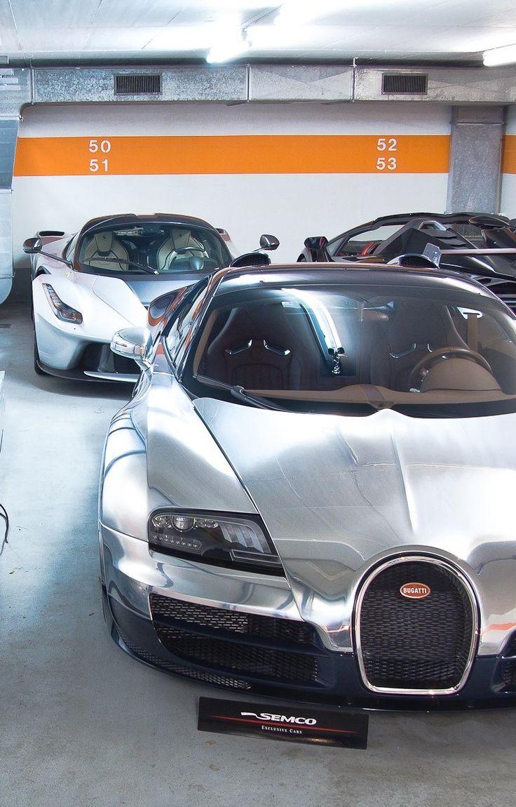 Bugatti Veyron Grand Sport, Ferrari Laferrari and Lamborghini Veneno Roadster