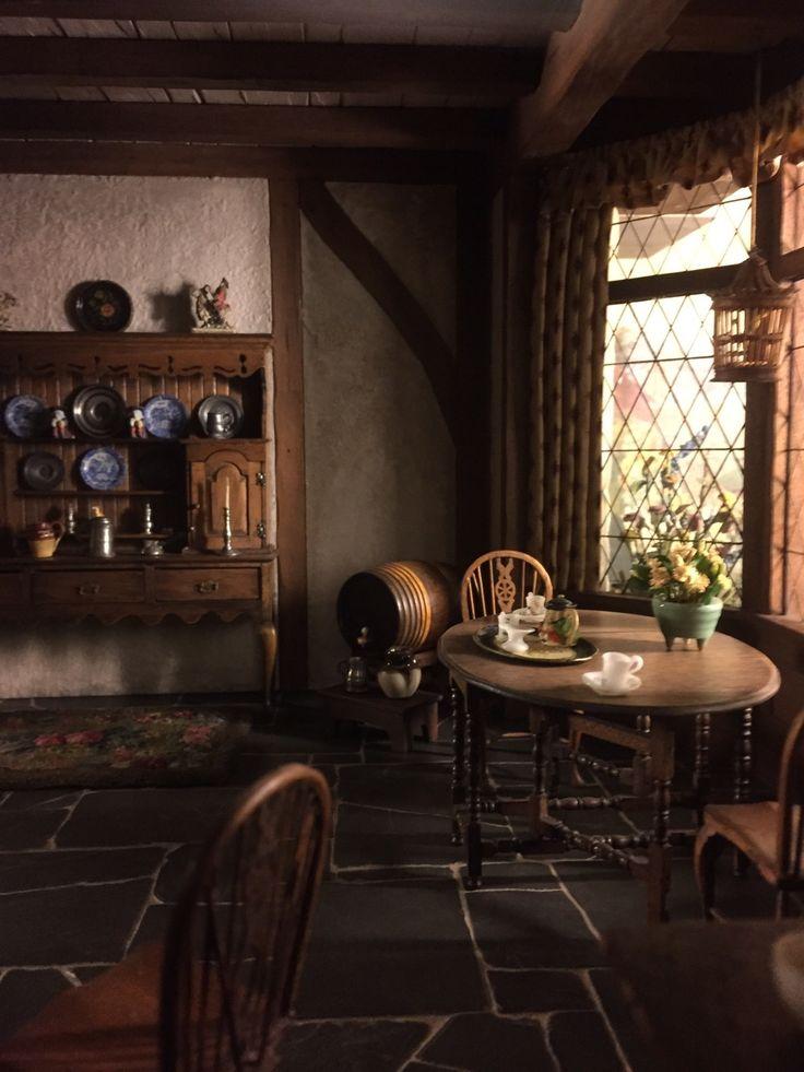 English Tudor Interior Design Ideas: 48 Best Jacobean Furniture Images On Pinterest