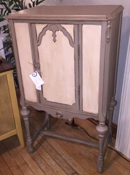 10 Best images about Coco and Honfleur Chalk Paint on