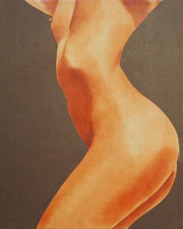 Buy Curve, a Oil on Canvas by James Campbell from United States. It portrays: Erotic, relevant to: breast, butt, Curved Back, Olive Background, nude Portrait of nude back
