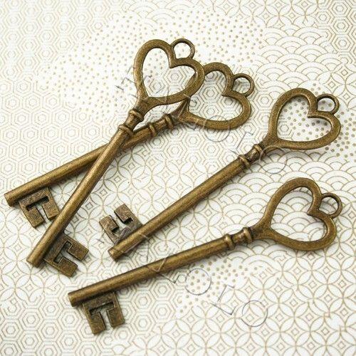 Heart keys!  So perfect.