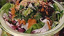 Sallad med couscous och bakade grönsaker | SVT recept