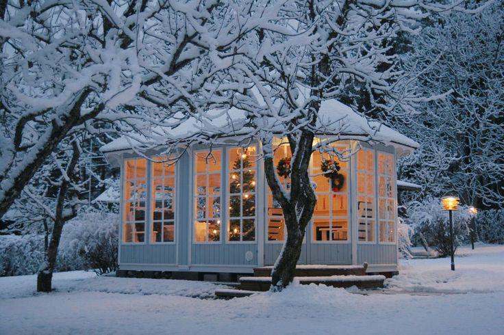 winter_time_beautiful_garden_Pavillon15