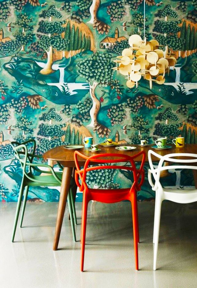 10 Dramatic Wallpapers That Will Make A Serious Statement