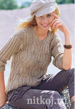 Вязаный пуловер с рельефными листочками