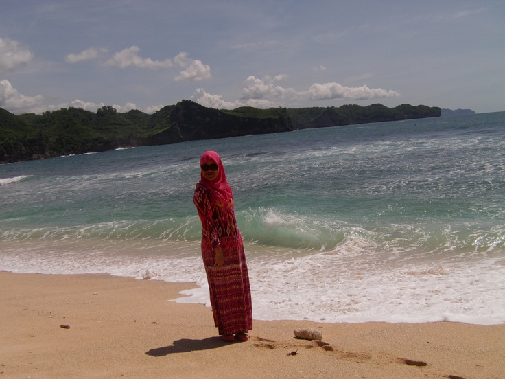 srau beach, pacitan, east java, Indonesia