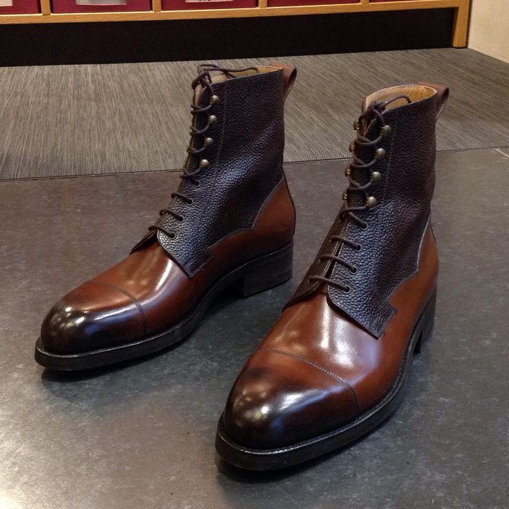 Vass MTO High Boots in a beautiful combination of calf and scotchgrain leather. With Dainite rubber soles.