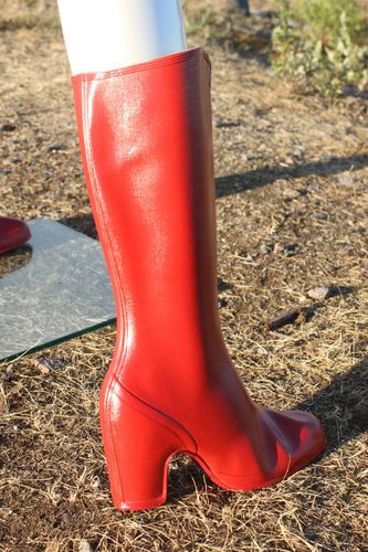 NWOT Vtg NOKIA Finland Red Heeled Galoshes Overshoes Rubber Boots 3,5