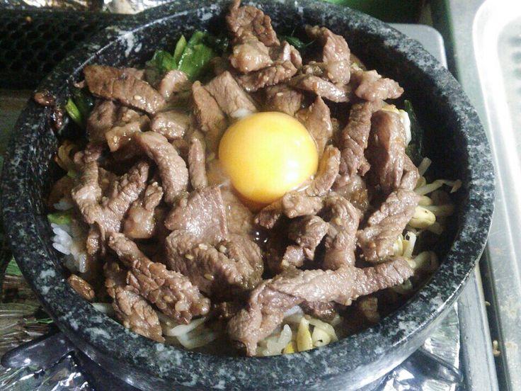 久しぶりの「石焼きビビンバ」 オコゲも適度につき最高の美味しさでした!!