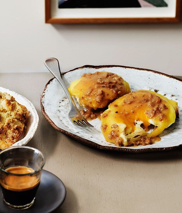 Duck-fat scones, smoked cheese, sausage gravy and fried eggs | Pinbone, Sydney :: Gourmet Traveller