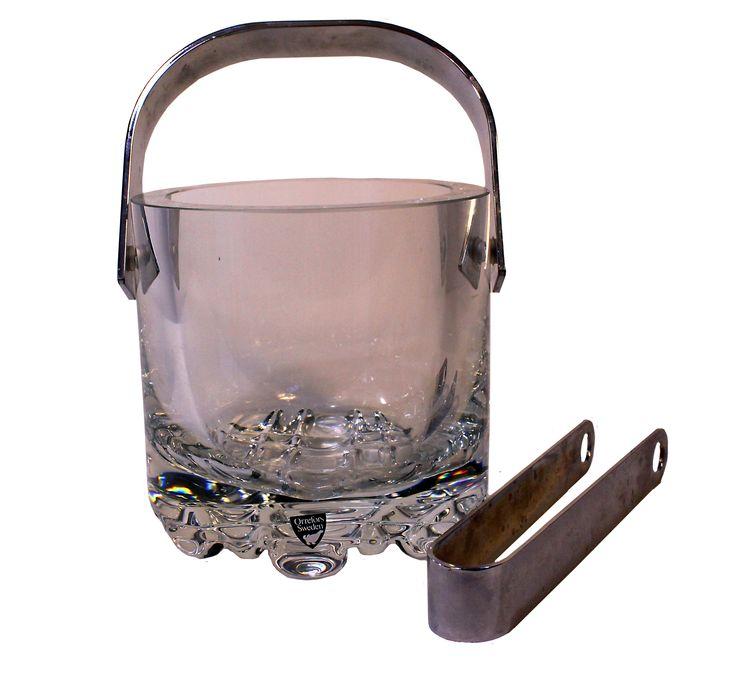 Antik ishink i glas från Orrefors. Säljs på modighus.se