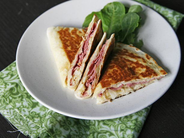 Corned Beef Quesadillas: Beef Recipes, Quesadillas Recipes, Corn Beef, Beef Quesadillas, Corned Beef, Irish Recipes, Mexicans Dishes, St. Patrick'S Day, Sarah Cucina