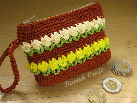 Crochet Coin Purse with Tulip Stitch