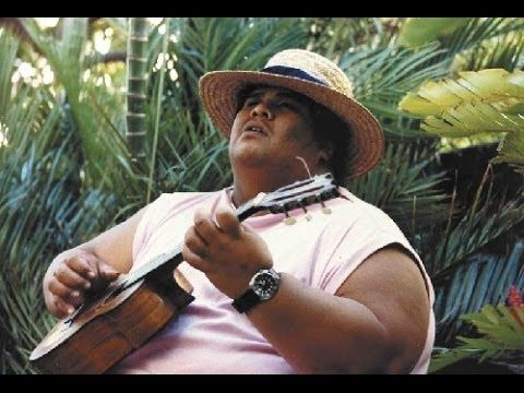 Kamakawiwo'ole - Over The Rainbow & What A Wonderful World - 1993  SUCH a pretty song!!!!  IF you haven't heard him sing it, listen please :)