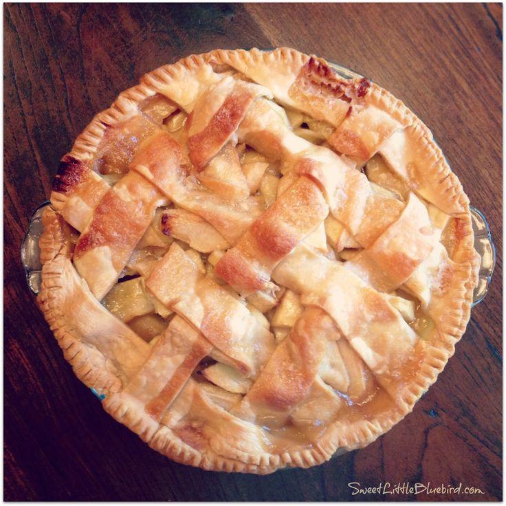 Sweet Little Bluebird: Grandma Ople's Famous Apple Pie
