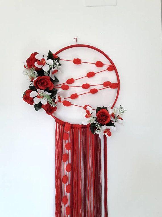 Mira este artículo en mi tienda de Etsy: https://www.etsy.com/es/listing/570645444/boho-dreamcatcher-floral-dreamcatcher