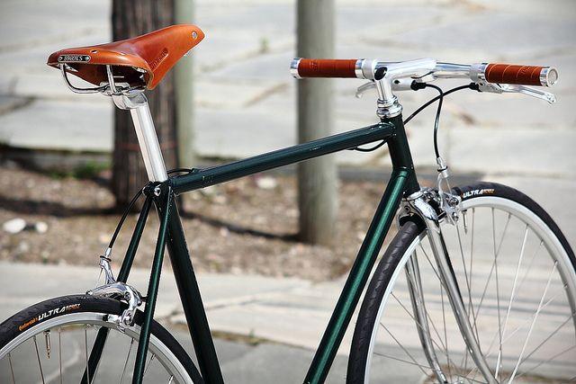 Racing Green Metallic Singlespeed by mrjohan, via Flickr