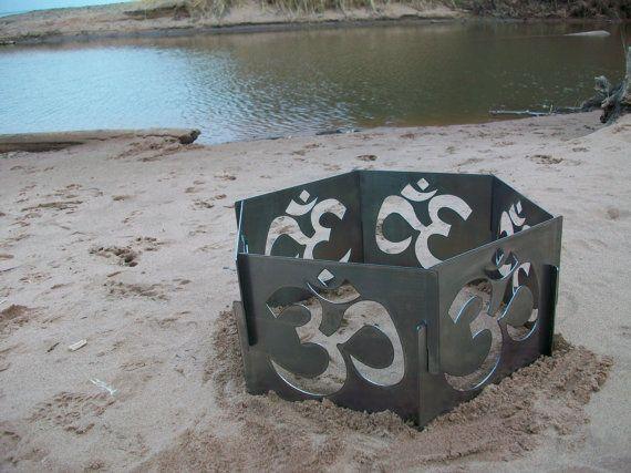 Best 25+ Metal fire pit ideas on Pinterest | Fire pit log ...