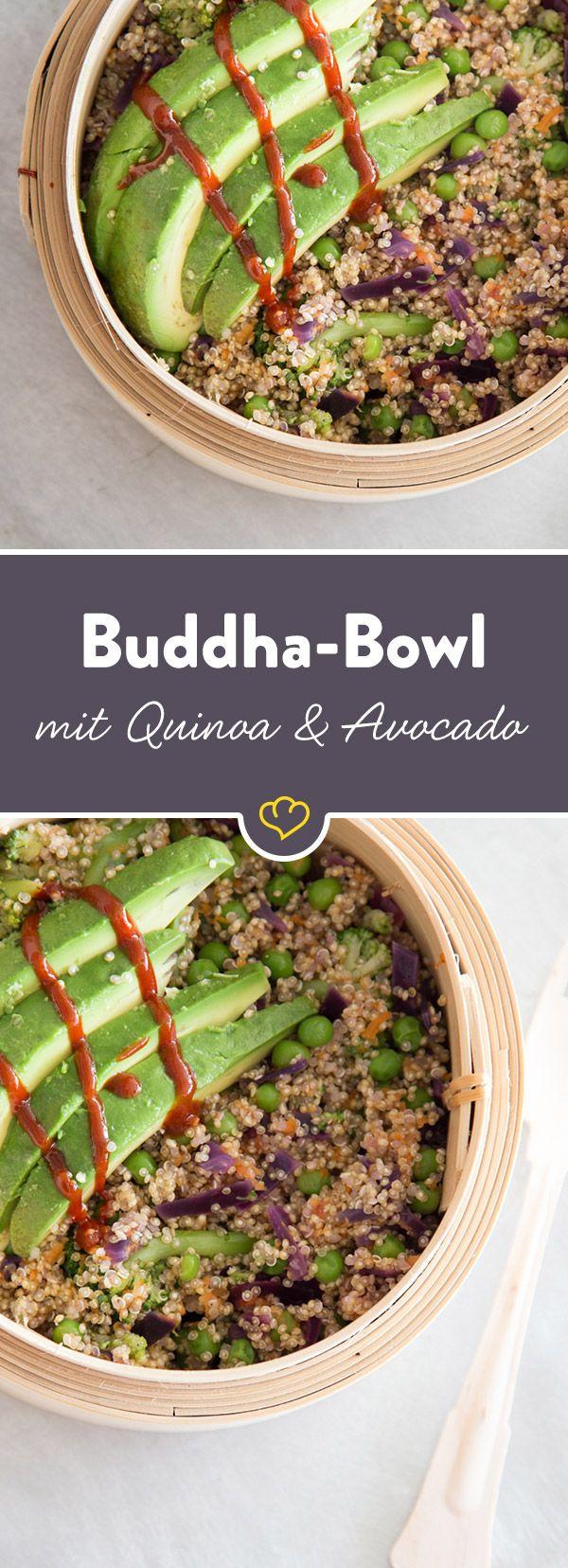Mehr Superfood in einer Buddha Bowl geht nicht: Zarter Quinoa, knackiges Gemüse und die gesunden Fette der Avocado bringen dich zum Strahlen.