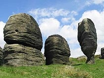 Bride Stones, a popular scenic spot above Todmorden www.yorkshirenet.co.uk/yorkshire-west-south/south-west-yorkshire-accommodation.aspx