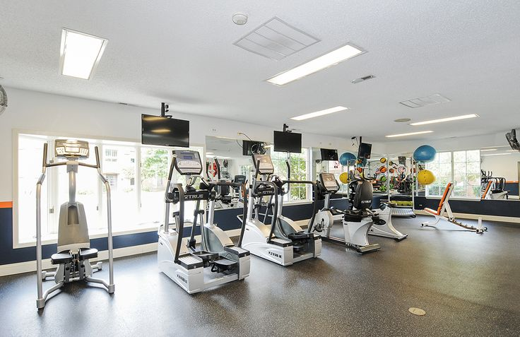 Looking to get in #shape this season? Fifteen98 in #Naperville, IL has got you covered! Check out the state of the art #fitness center- just one of the many property #amenities.