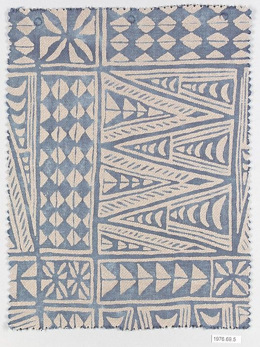 """Melilla, Fortuny (Italian, founded 1906) ~ patterns have been around forever. This older piece looks """"Zentangle inspired"""""""