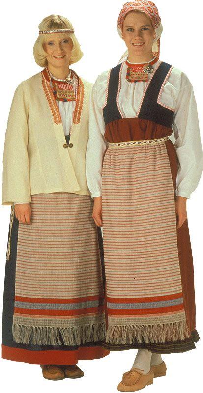 Sakkolan ja Raudun naisen kansallispuku. Kuva © Helmi Vuorelma Oy