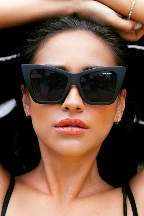 Quay x Shay Mitchell Collection Vesper Sunglasses in Black ...