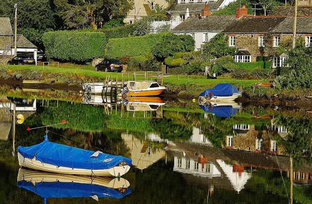 Lerryn of St Winnows and St Veep. Memories of Cornwall.