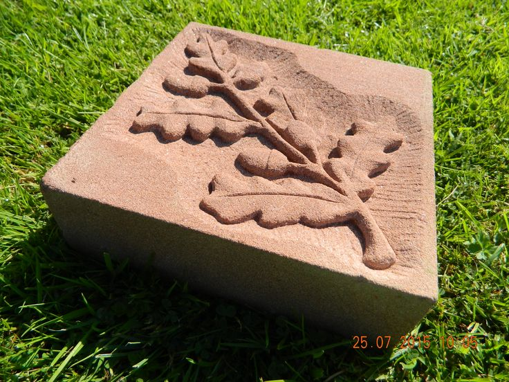 Acorn relief carving in red sandstone beginners stone