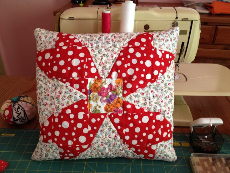 cushion that I started for a quilt from the book Material Obsession
