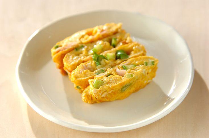 彩りと食感の楽しい卵焼きアスパラとハムの卵焼き[お弁当/焼きもの]2010.06.11公開のレシピです。