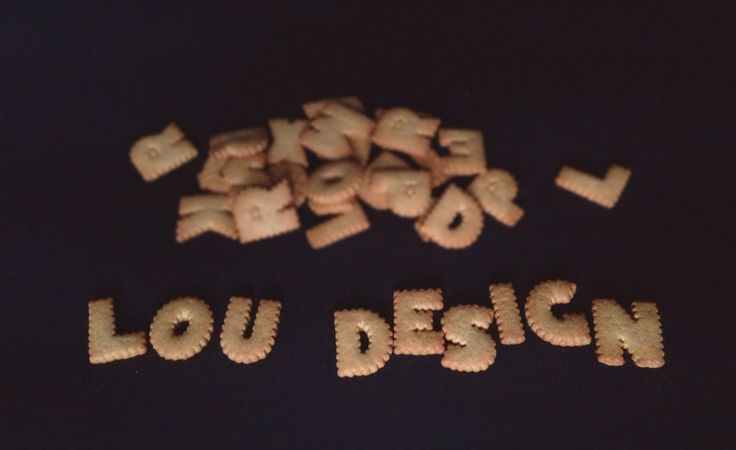 Lou Design in biscuits