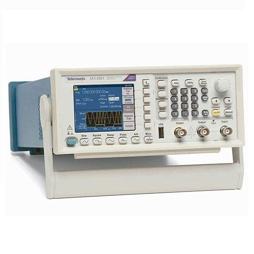 Máy phát xung tùy ý Tektronix AFG2021 (20 MHz, 1 kênh, 250 MS/s). Thông thường, để tạo ra một loạt các tín hiệu đòi hỏi phải có sự đầu tư một máy phát tín hiệu cao cấp. Máy phát xung bất kỳ Tektronix AFG2021 được trang bị với băng thông 20 MHz, độ phân giải 14-bit và tốc độ lấy mẫu 250 MS/s. AFG2021 Arbitrary Function Generator có thể tạo ra các tín hiệu đơn giản và phức tạp có thể đáp ứng nhu cầu trong nhiều lĩnh vực khác nhau.