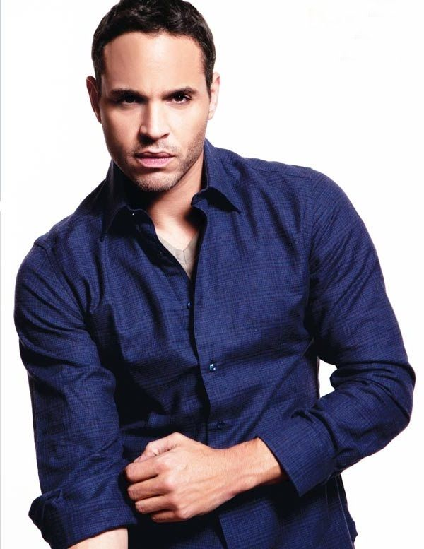 Daniel Sunjata. Why is it that I STILL think of him every time I hear about Fleet Week? Not that I'm complaining... :)
