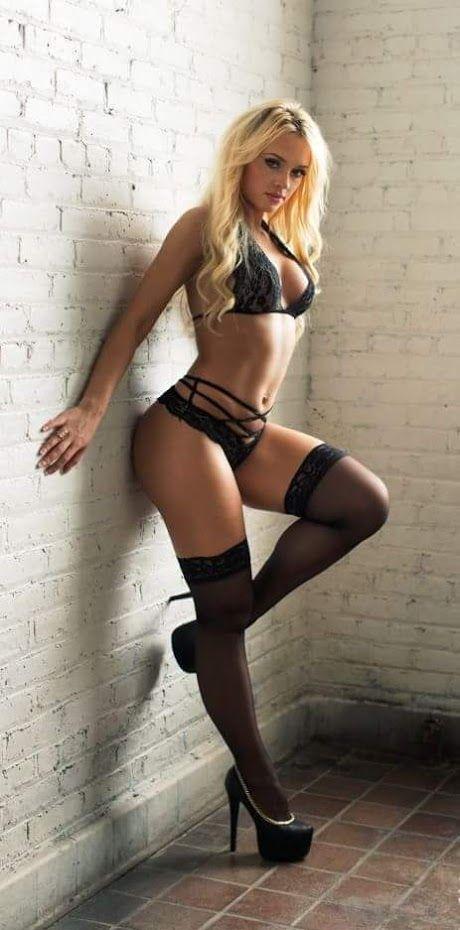 naked skinny honduran girl