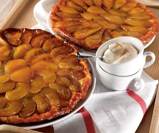 Tarte Tatin – für diesen Klassiker aus Frankreich sind wir den demoiselles Tatin ewig dankbar! #Rezept #Backen #Kuchen